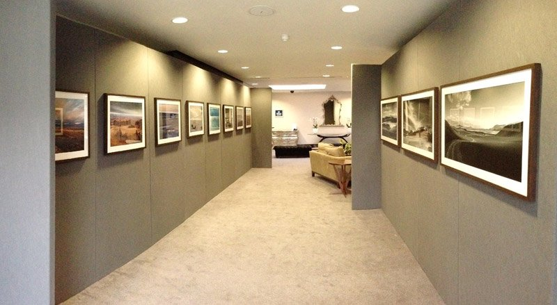 gallery wall art grey corridor