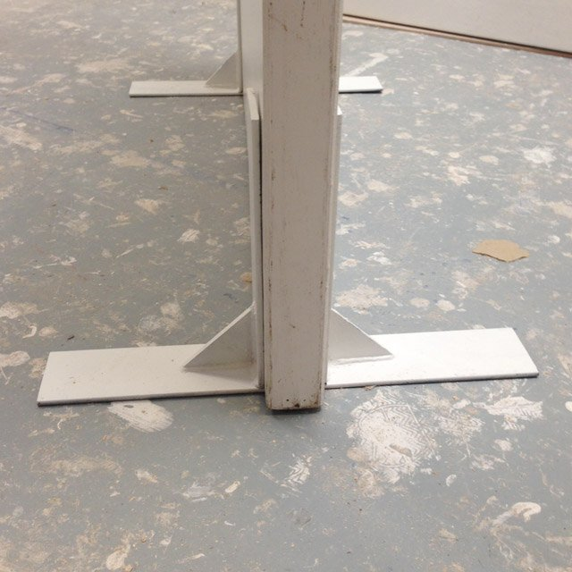 walling feet conex